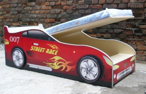 Детскую кровать машину